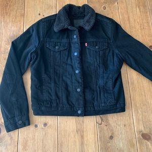 Levi's women's black Sherpa trucker jacket